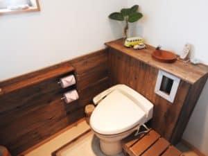 ウォシュレットが付いたトイレ